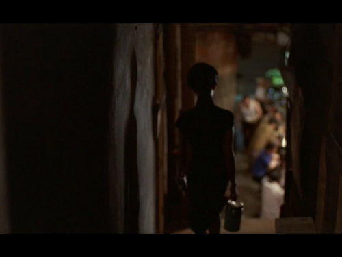 Wong Kar-Wai - In the Mood for Love - Alley