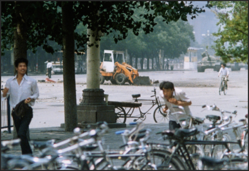 Tank Man at street level - New York Times - Lens Blog